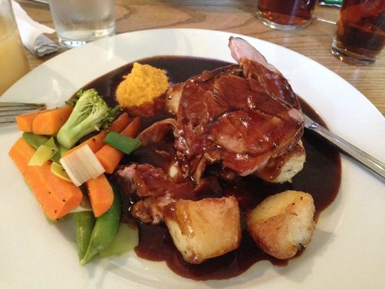 "Mortimer Arms: Roast lamb swimming in revolting gravy that didn't taste ""home-made"" at all"
