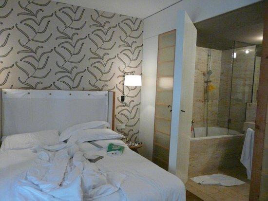 CORTIINA Hotel: номер 526