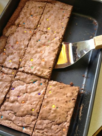 The Thorny Rose Cafe: Our families favorite chewy brownie recipe... yumm!