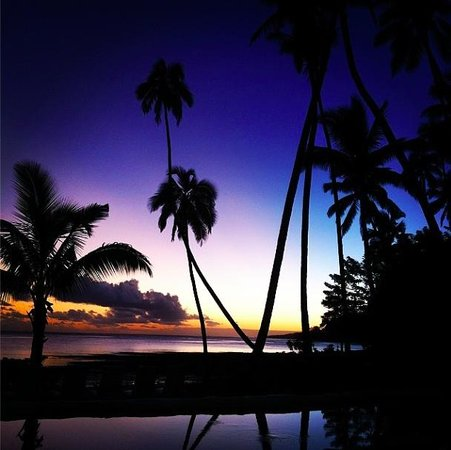 Mango Bay Resort Fiji: Sunset on our first night