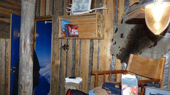 Basecamp Hotel : Room2