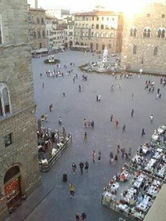 Relais Piazza Signoria: Gorgeous view from the apartment window.