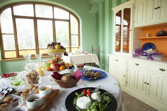 Villa La Ginestra: breakfast room