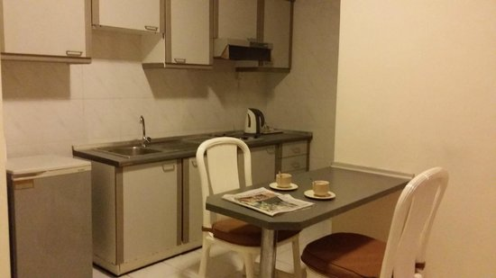 Mahkota Hotel Melaka: clean pantry
