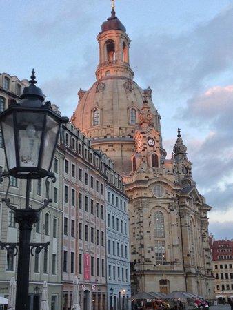 Vienna House QF Dresden : Aussenansicht
