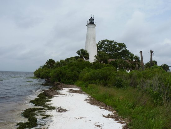 St. Marks Lighthouse : The lighthouse from the west