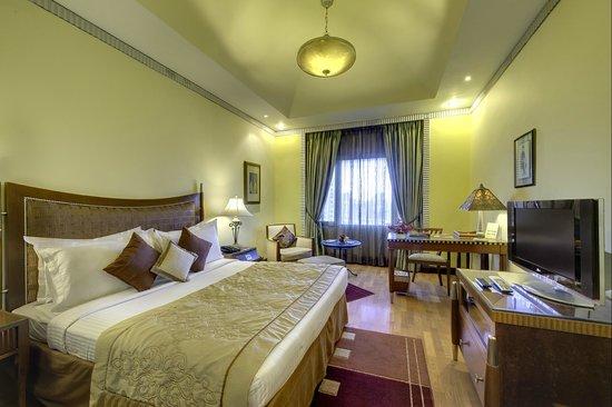 Hotel Hindusthan International Kolkata: Colony Room