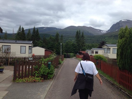 Lochy Holiday Park : View to the south on campingsite