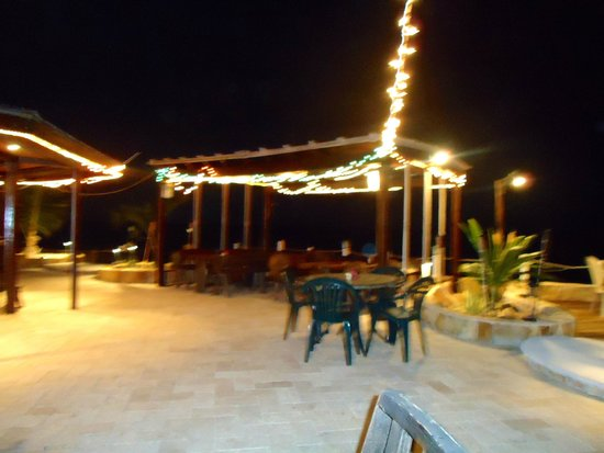 Catch a Fire Bar & Grill: More views of outdoor seating