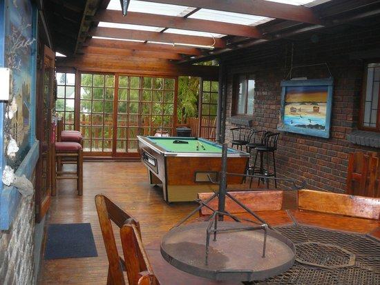 Salt River lodge : Pool Table area