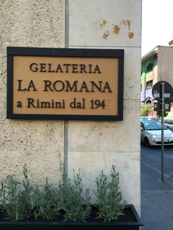 Gelateria La Romana: Sign
