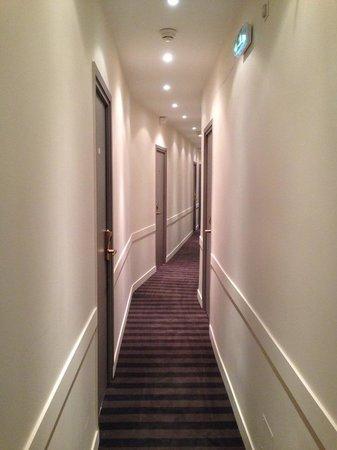 Hotel d'Amiens : Corridor