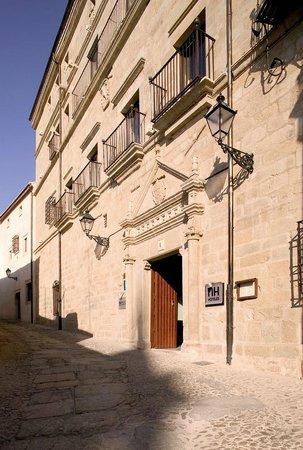 NH Trujillo Palacio de Santa Marta