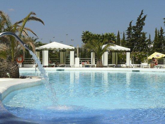 Playa Blanca Hotel : Playa Blanca, pool