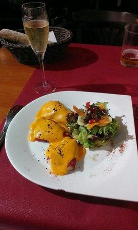La Cuineta: Pimientos del Loquillo rellenos de brandada de merluza, exquisito.
