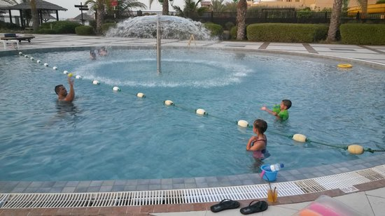 Hilton Ras Al Khaimah Resort & Spa: KIDS POOL