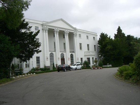 De Vere Beaumont Estate: The White House