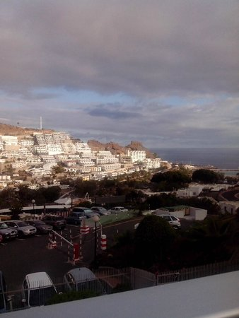 Servatur Montebello Apartments : vue en face