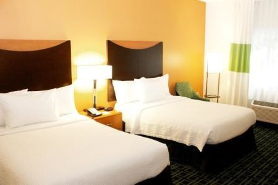 Fairfield Inn St. Petersburg Clearwater: Two Double Bed Guest Room