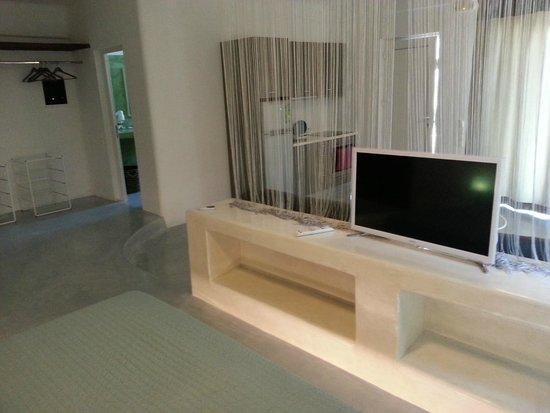 Thea Studios: New Samsung Smart TV