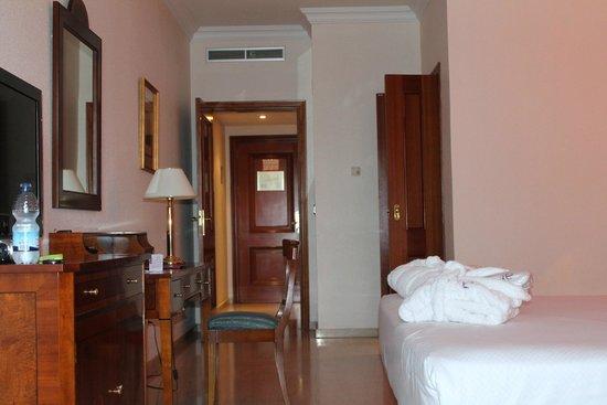 Ayre Hotel Cordoba: chambre