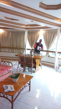 Elegant Circle Inn: The Suite