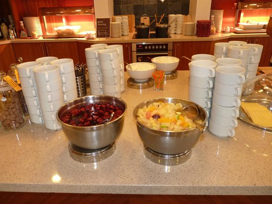 Staybridge Suites St. Petersburg: Home made compot and marmelade