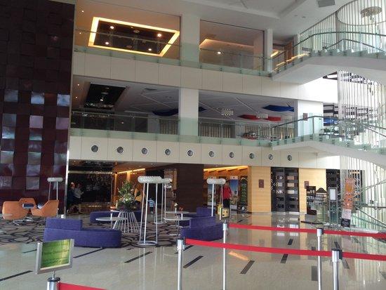 The Everly Putrajaya : Lobby