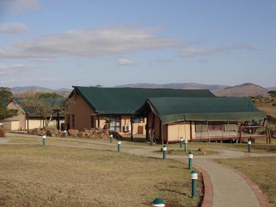 Zulu Nyala Heritage Safari Lodge: another view of the Heritage Camp