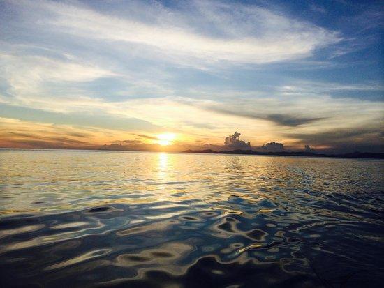 Sipadan Mabul Resort : set set view on boat