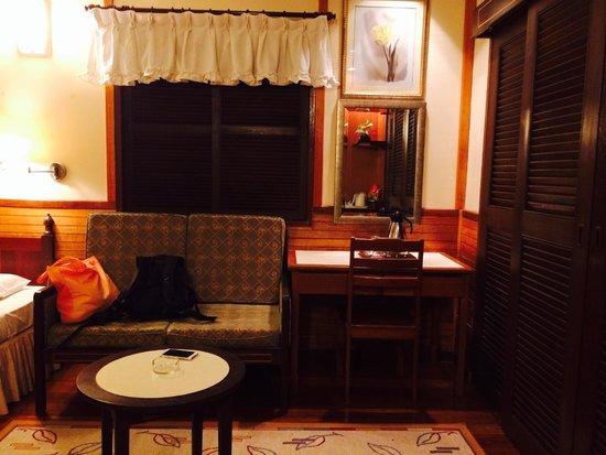 Sipadan Mabul Resort: SMART land resort room right