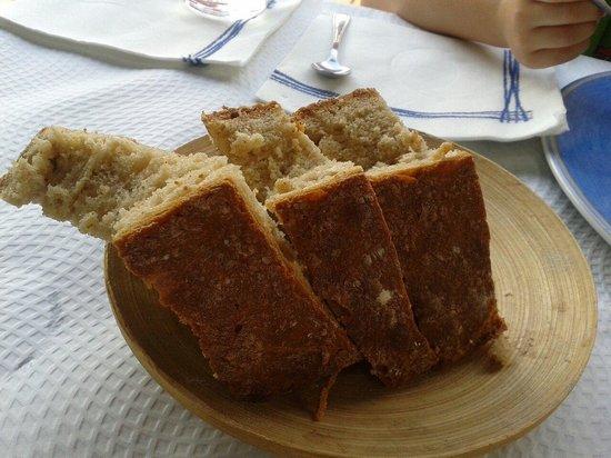 El Recreo de Las Caldas: Delicioso pan de cereales y harina de maiz