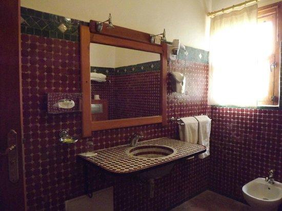 Hotel Ksar Assalassil: Salle de Bains