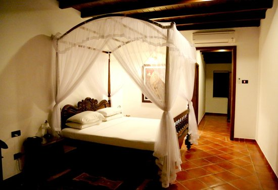 Palm Garden Village Hotel : Bedroom