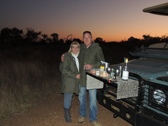 Mosetlha Bush Camp & Eco Lodge: Evening Game Drive