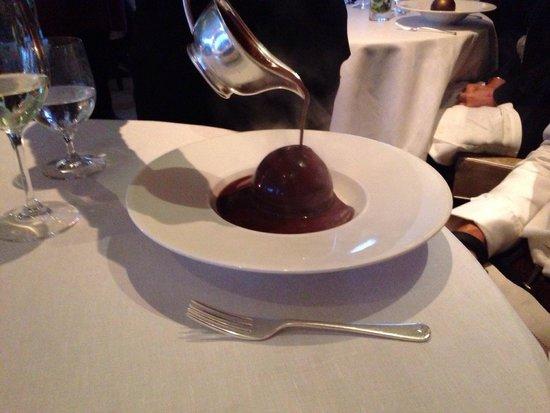 Petrus: Chocolate sphere