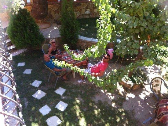 Sinter Terasse House Hotel: Blick vom Balkon in den Garten