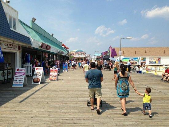 Jenkinson's Boardwalk : Jenkinson's