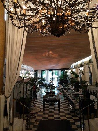 El Palace Hotel: отель