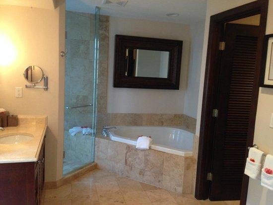 Grace Bay Club : Banheiro