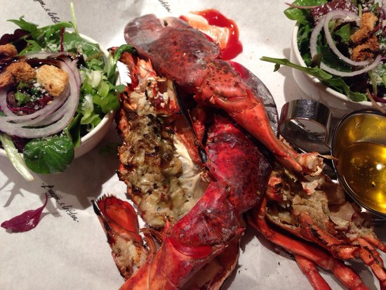 Burger & Lobster - Mayfair: Whole lobster with salad and fries £20