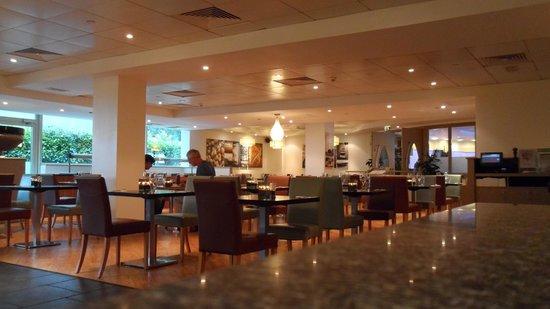Hyatt Place London Heathrow Airport: Restaurant