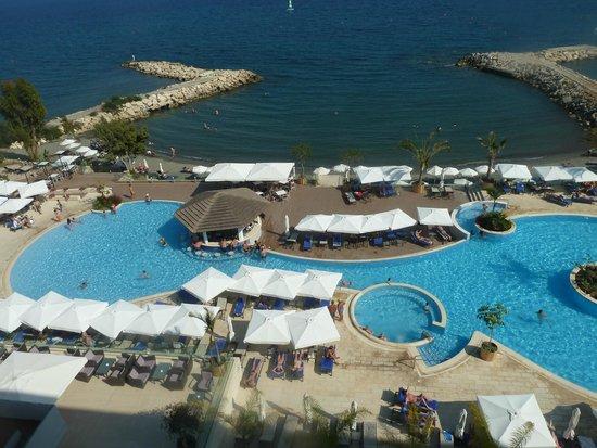 The Royal Apollonia : Вид сверху на бассейн