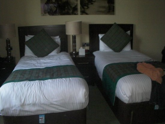 Huntingtower Hotel: room