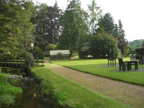 Huntingtower Hotel : Back garden