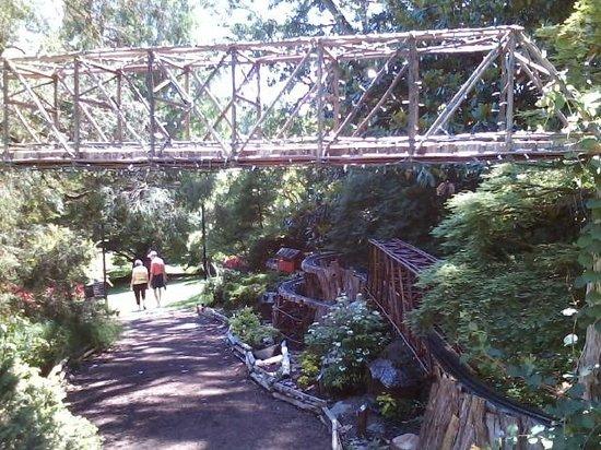 Morris Arboretum: Railway