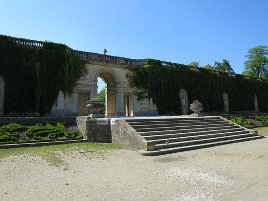 Jardin Public : Center piece of the gardens