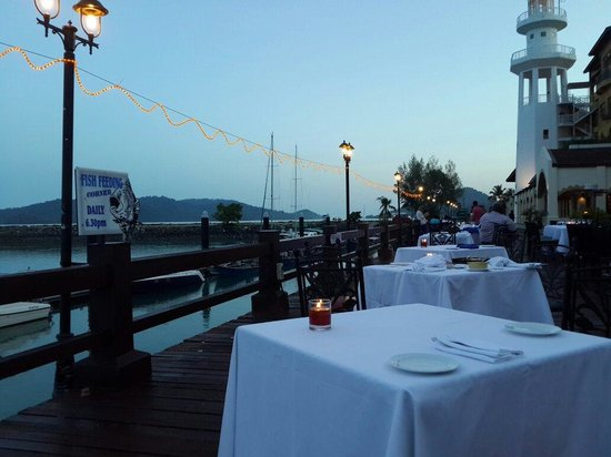 Resorts World Langkawi: Seaview restaurant with nice western food.