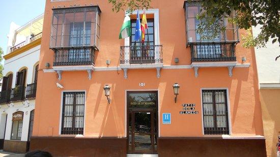 Hotel Patio de la Alameda: vista da plaza de hercules