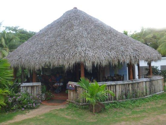 Paraiso Beach Hotel: Restaurant